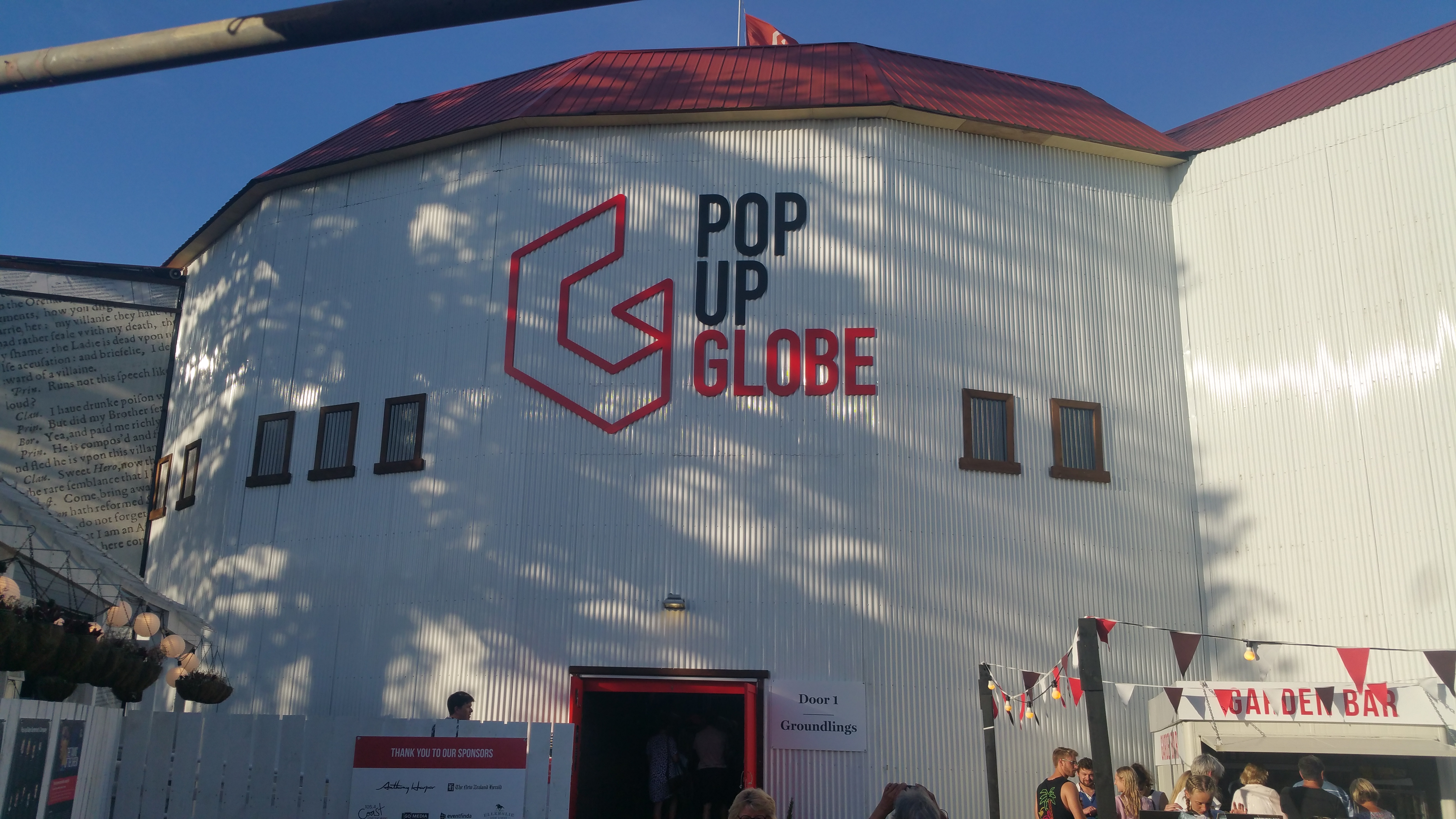 The Pop-Up Globe – a Must-see in Auckland and/or Sydney